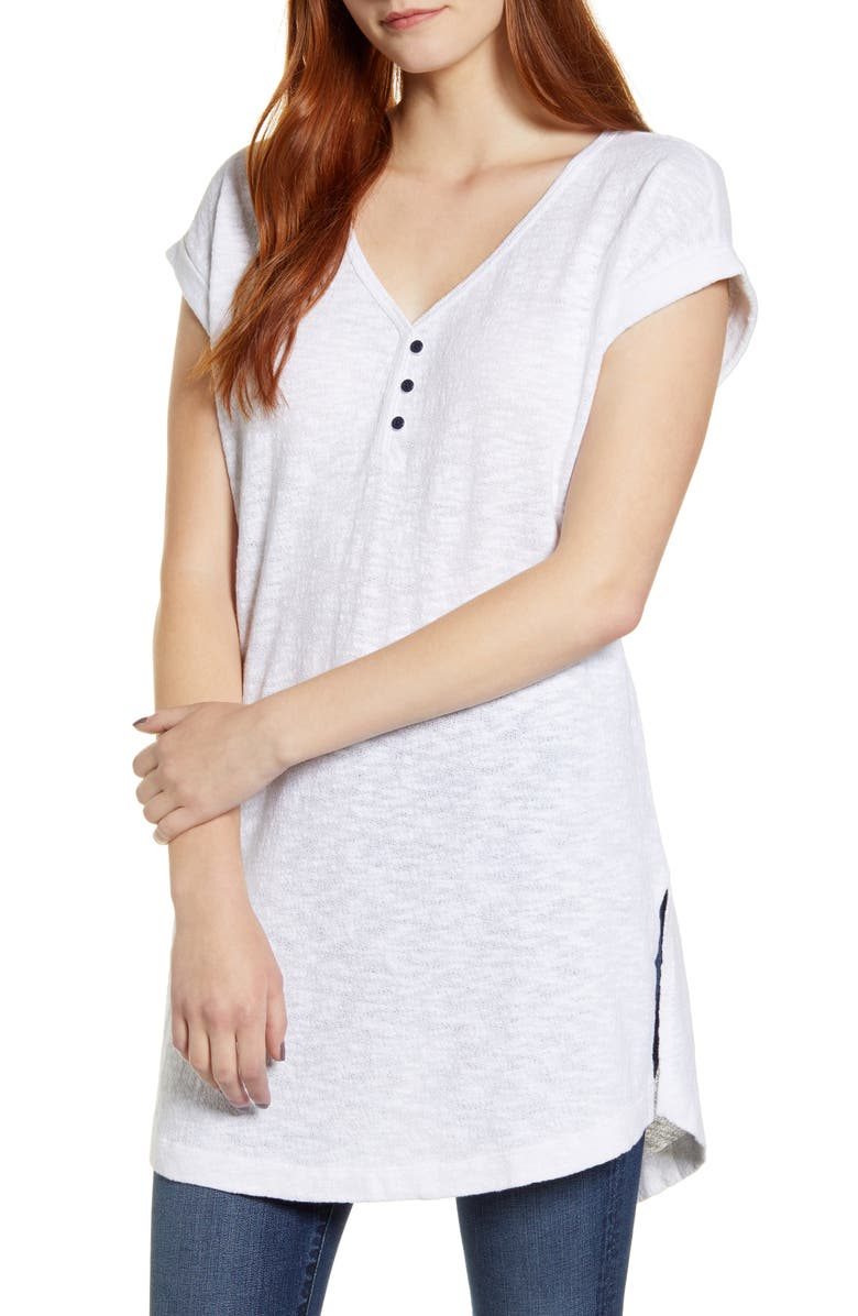 CASLON<SUP>®</SUP> V-Neck Tunic Top, Main, color, 100