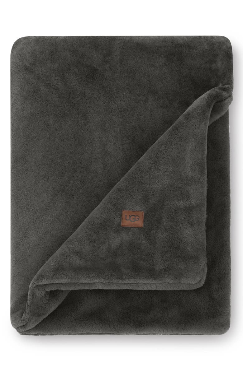 UGG<SUP>®</SUP> Coastline Plush Throw Blanket, Main, color, 021