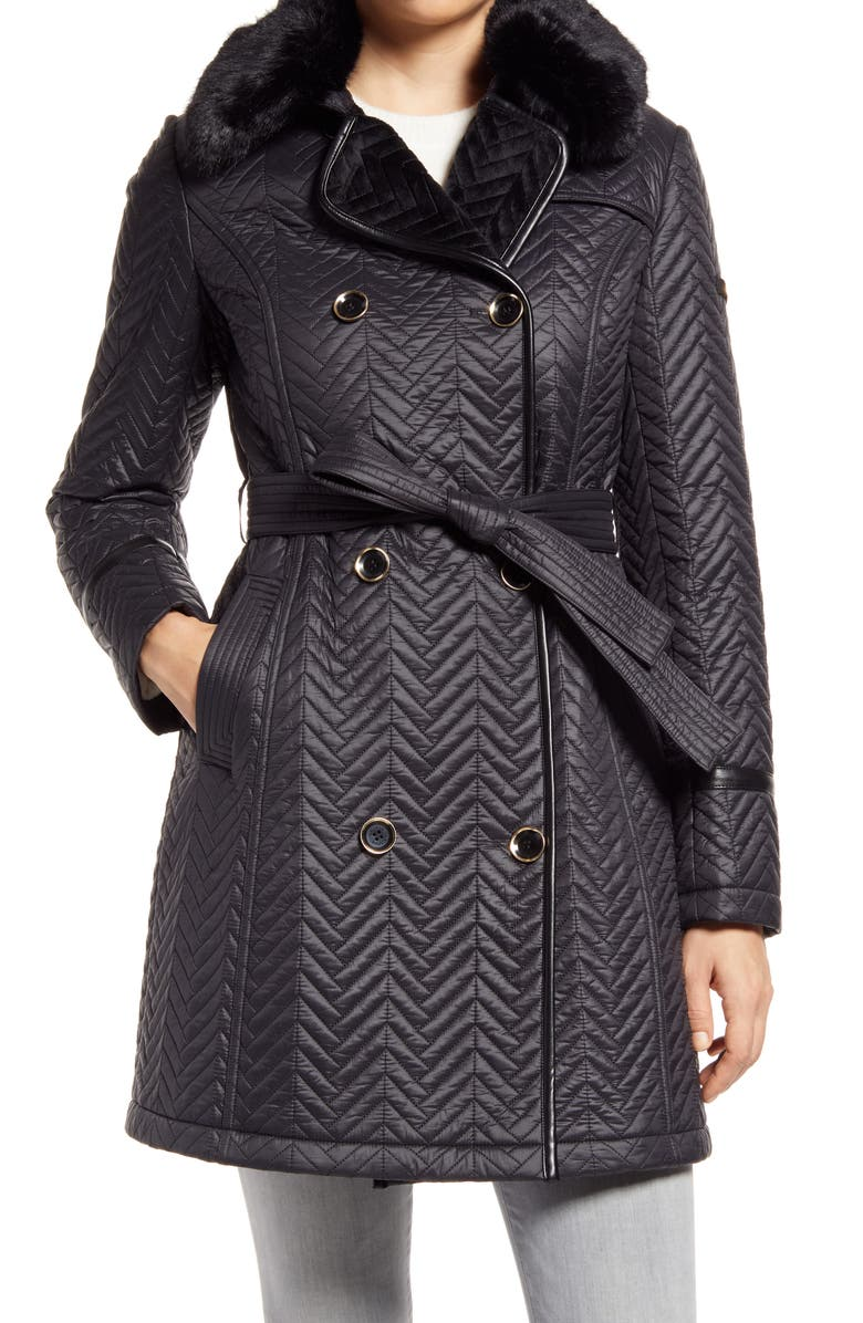 VIA SPIGA Water Resistant Double Breasted Faux Fux Collar Quilted Coat, Main, color, BLACK