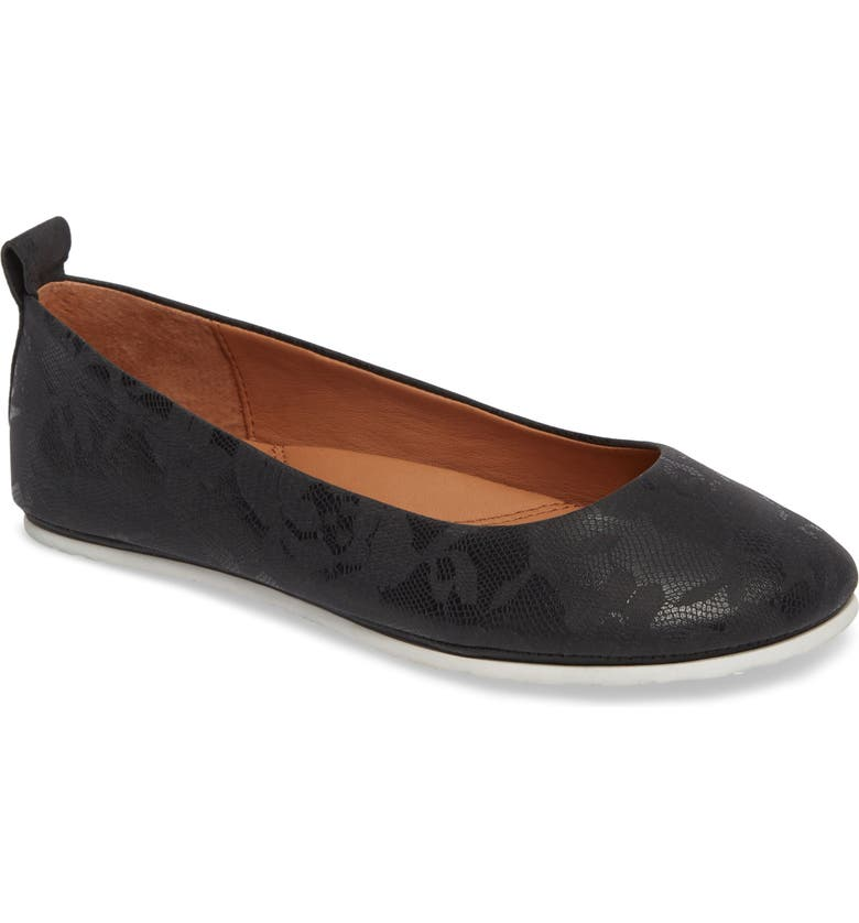 GENTLE SOULS BY KENNETH COLE Dana Flat, Main, color, 002