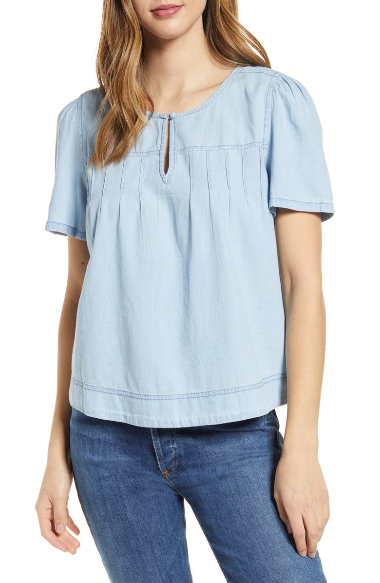 CASLON Topstitched Chambray Keyhole Top, Main, color, LIGHT WASH