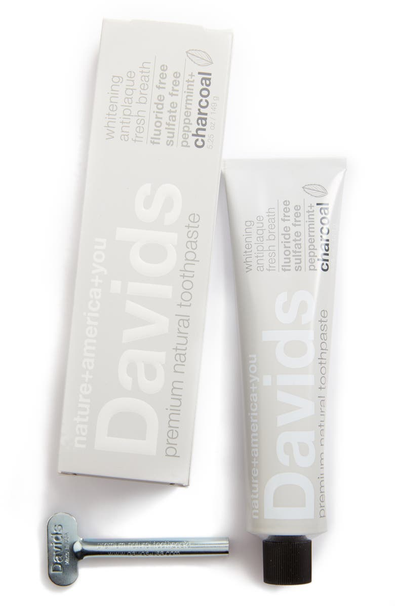 DAVIDS NATURAL TOOTHPASTE Package Free x Davids Natural Toothpaste Premium Natural Toothpaste & Metal Key, Main, color, 020