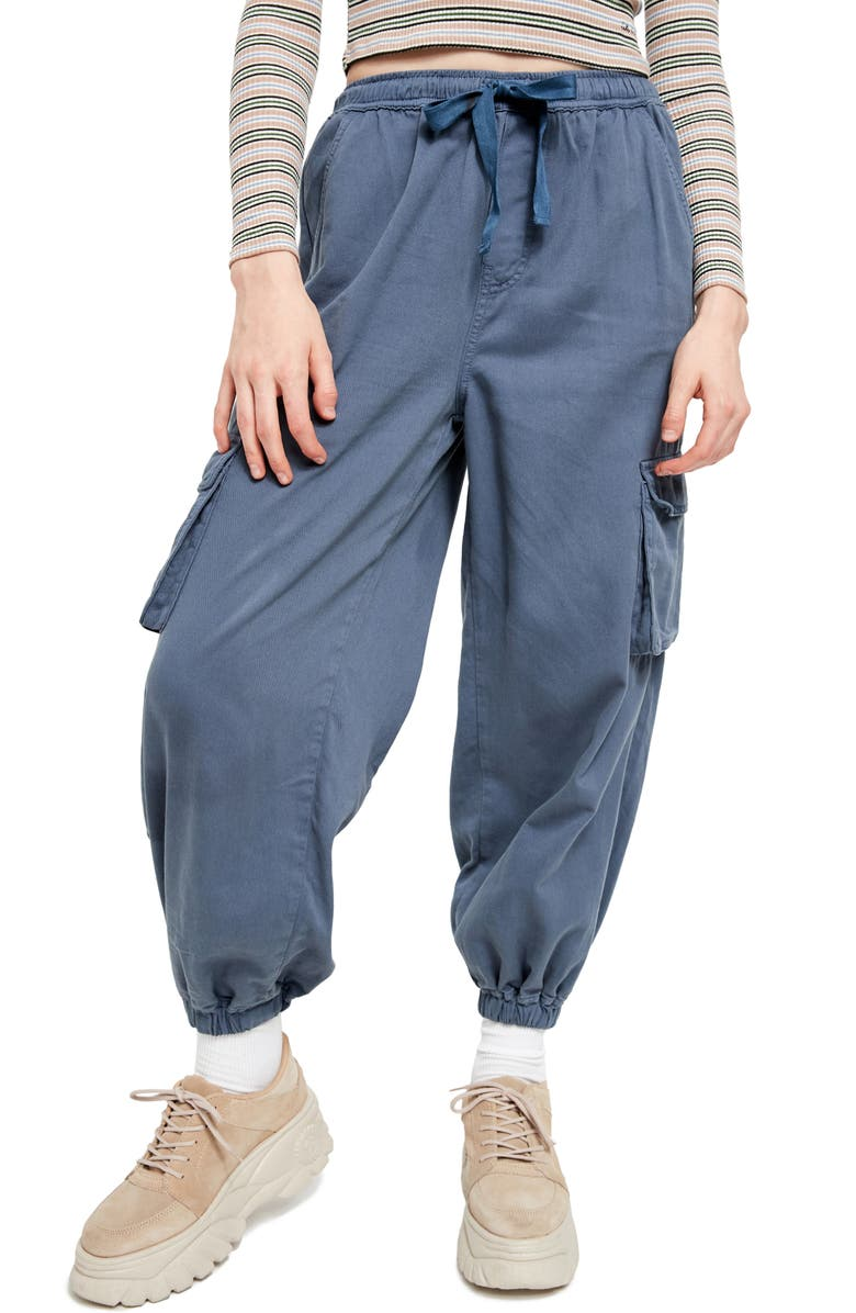BDG URBAN OUTFITTERS Raff Elastic Cuff Cotton Cargo Pants, Main, color, 400