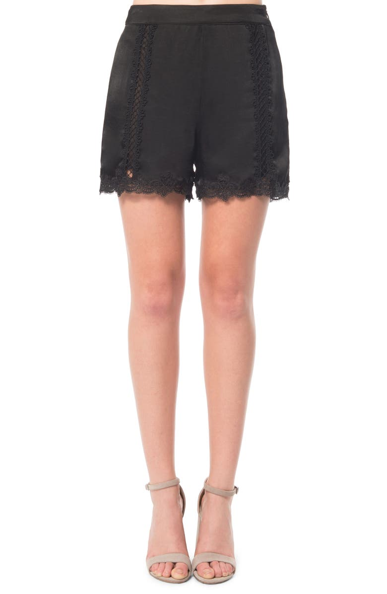 ZZDNU WILLOW & CLAY Willow & Clay Lace Inset Shorts, Main, color, 001