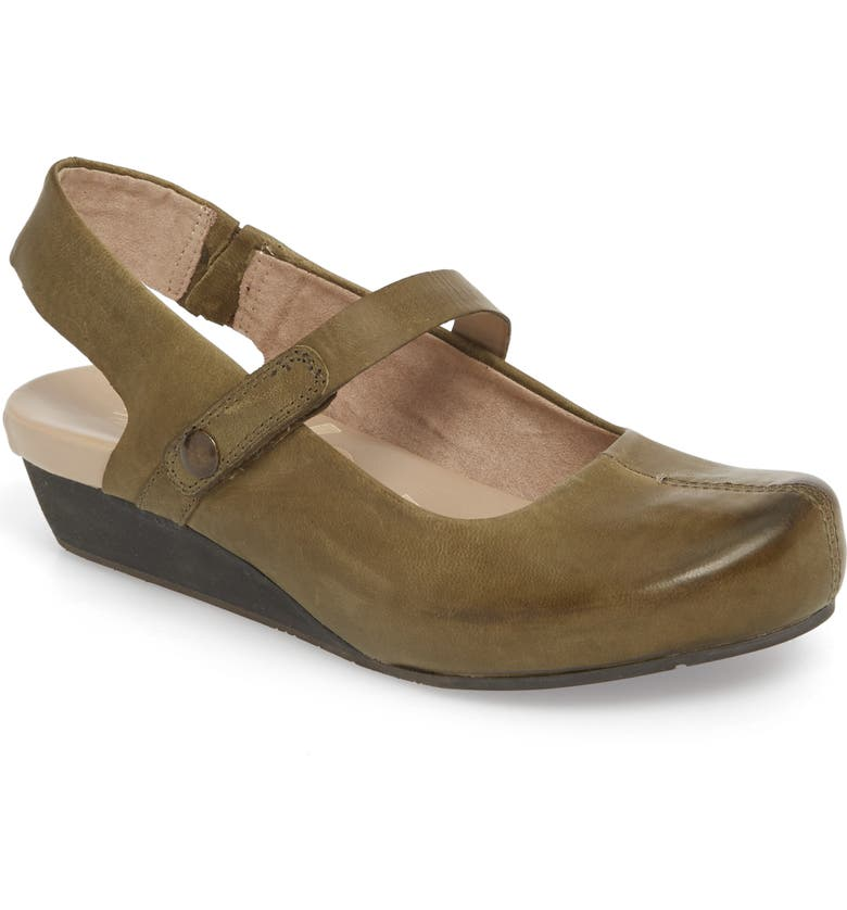 OTBT 'Springfield' Flat, Main, color, 332