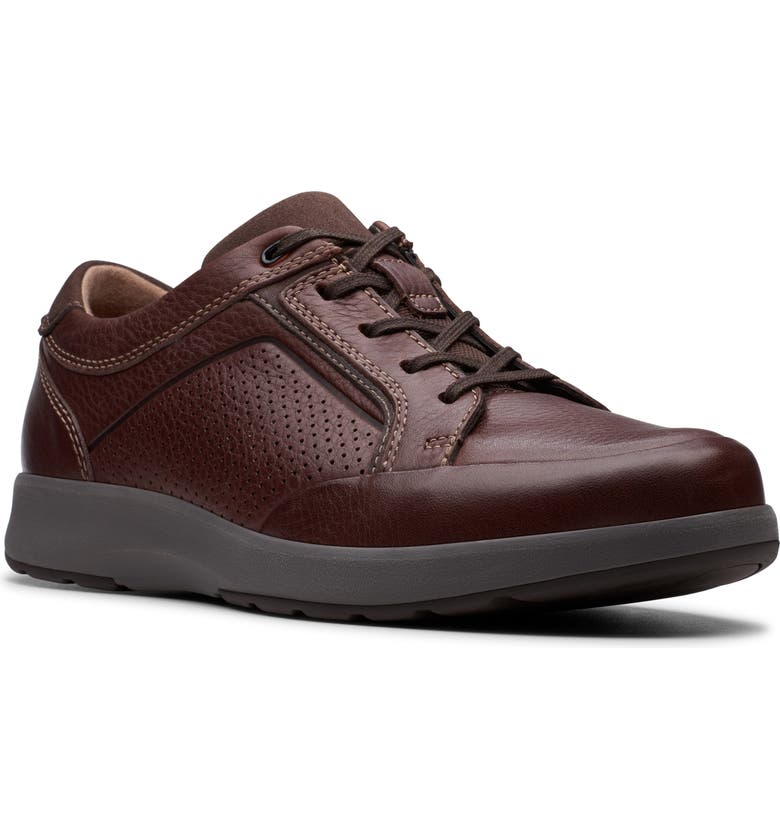 CLARKS<SUP>®</SUP> Un Trail Form Sneaker, Main, color, MAHOGANY LEATHER