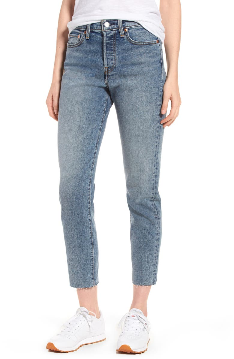 LEVI'S<SUP>®</SUP> Wedgie Icon Fit High Waist Crop Jeans, Main, color, 401