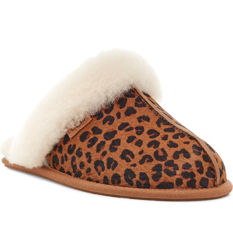 UGG<SUP>®</SUP> Scuffette II Slipper, Main, color, NATURAL LEOPARD PRINT SUEDE
