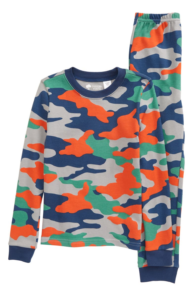 TUCKER + TATE Fitted Two-Piece Pajamas, Main, color, NAVY DENIM- RED CAMO