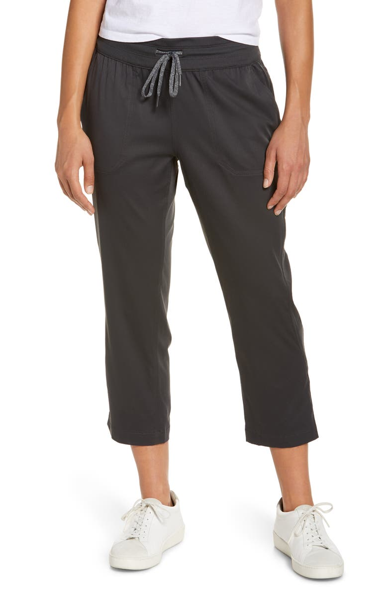 THE NORTH FACE Aphrodite 2.0 Motion Water Repellent Crop Pants, Main, color, CEMENT GREY