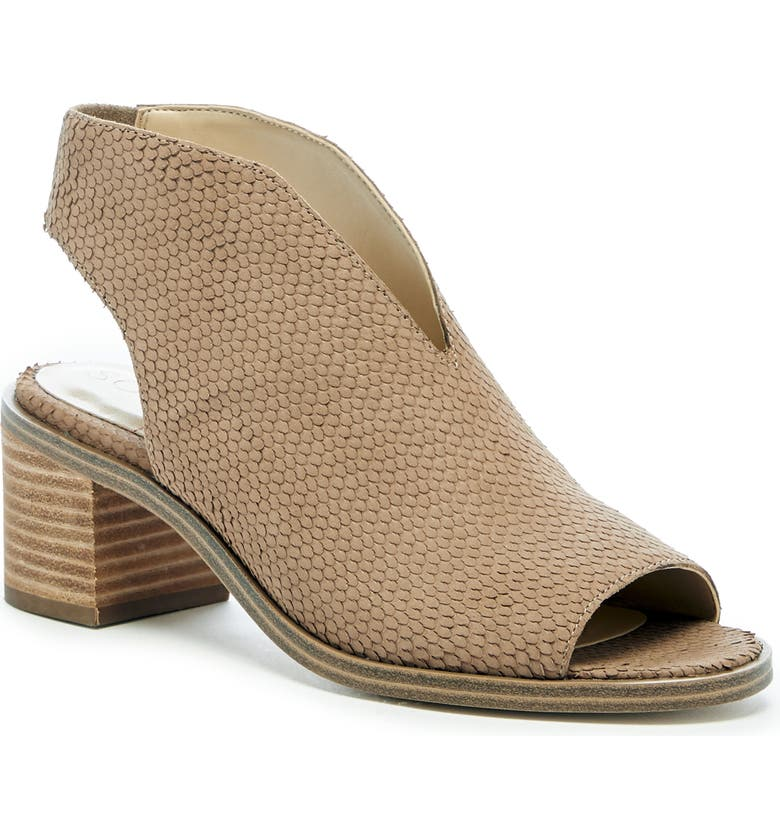 SOLE SOCIETY Terryn Sandal, Main, color, BROWN SUGAR LEATHER