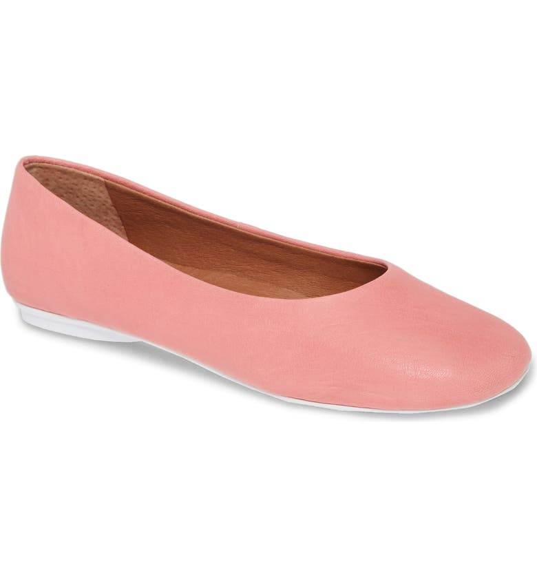 GENTLE SOULS BY KENNETH COLE Gentle Souls Signature Eugene Travel Ballet Flat, Main, color, PINK LEATHER