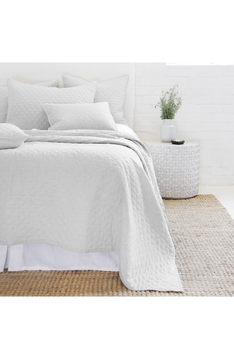 POM POM AT HOME Hampton Queen Quilt - Silver, Main, color, SILVER