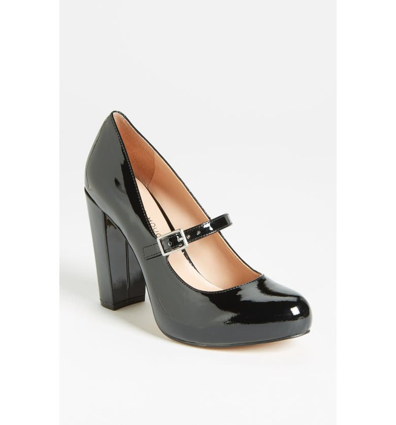 SOLE SOCIETY Julianne Hough for Sole Society 'Whitney' Pump, Main, color, 001