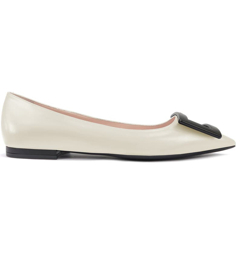 ROGER VIVIER Gommettine Buckle Pointed Toe Flat, Main, color, WHITE